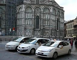 Taxis waiting at The Duomo