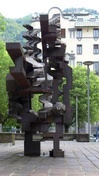 Statue in Como